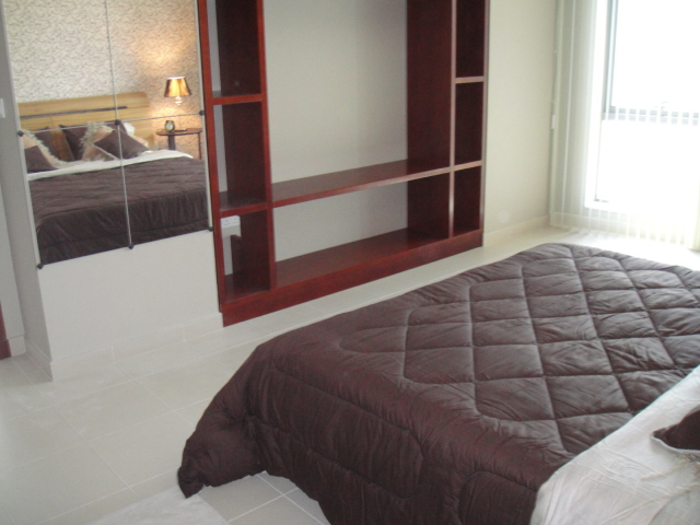 bedroom decor, simple, wallpaper, dubai, consultation, wall mirror