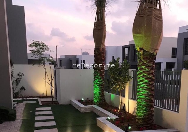 dubai landscapes, landscaper and interior designer, planter box, irrigation system