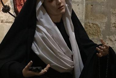 Terno de Pascua para Nuestra Madre de la Divina Gracia
