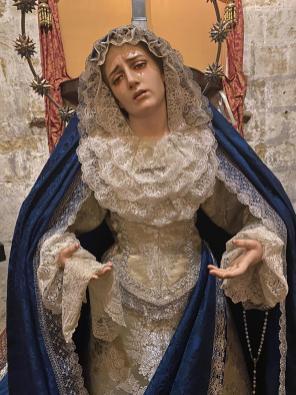 Nuestra Madre ataviada para la Inmaculada y Adviento 2019