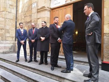 NH Emiliano Castro Villanueva tomó posesión como Abad de la Cofradía