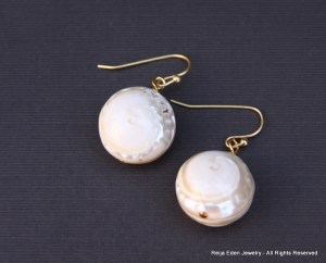 handmaded beaded shell earrings