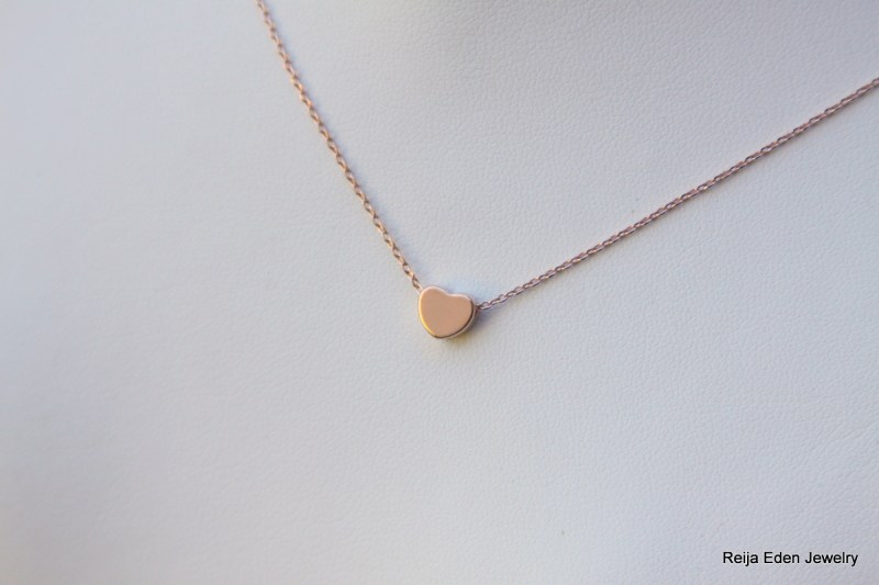 roes gold heart necklace