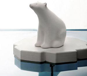 Polar Bear Bath Plug – Global warming takes a bath