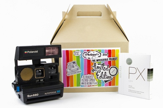 Photojojo brings back the Polaroid Instant Camera
