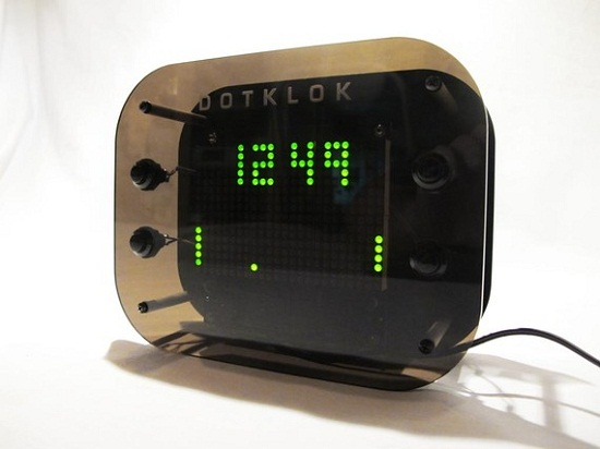 DOTKLOK kit lets you customize your timepiece