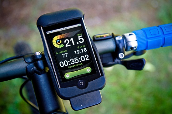 iPhone LiveRider adds a HUD to your bike