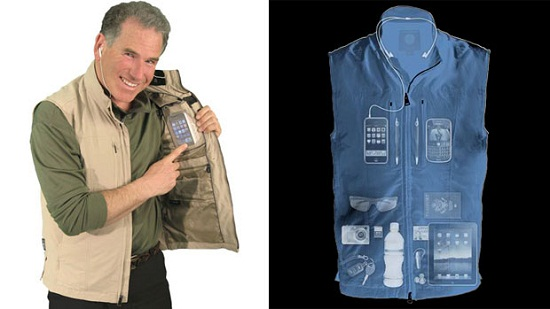 Travel Vest For Men helps you carry your gadgets while traveling