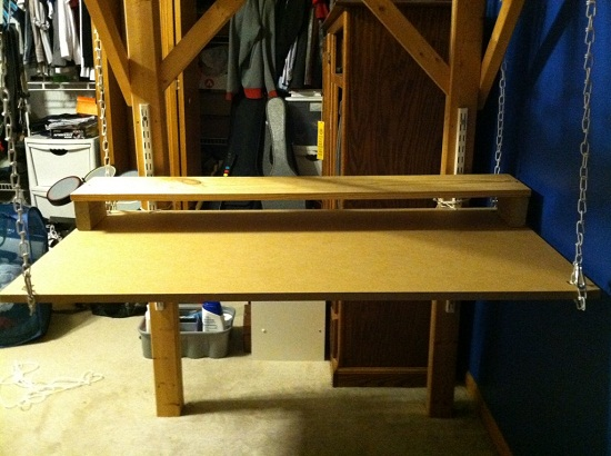 Build a hanging desk to maximize your space