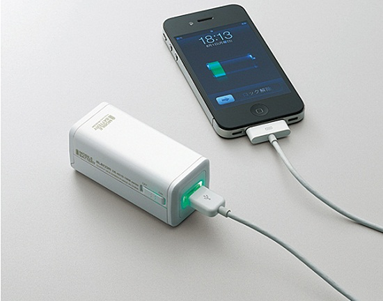 Elecom Battery Charger adds juice to your phone with 4 AA's