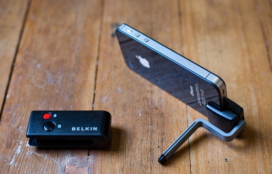 Belkin LiveAction iOS Camera Remote makes sure you're not the odd man out