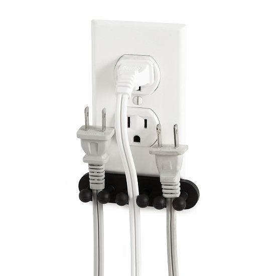 Plug Out Outlet Organizer keeps your plugs at the ready