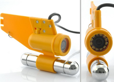 Deep Water Camera Set with Case gives you a view of the action without getting wet