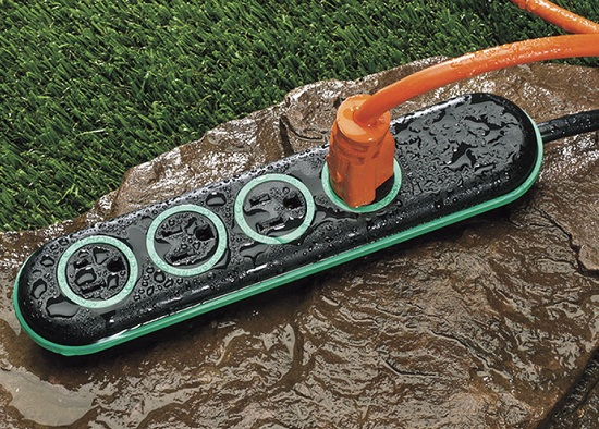 Wet Circuit Power Strip doesn't mind taking a bath every now and then