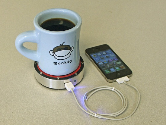 Epiphany onE Puck – If you can set down a drink, you can charge your phone