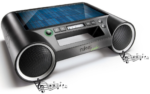 Rukus Solar – sun powered loudspeaker features loud sound and an e-Ink display