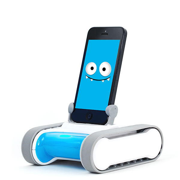 Romo Smartphone-Controlled Robot – Your iPhone gets playful