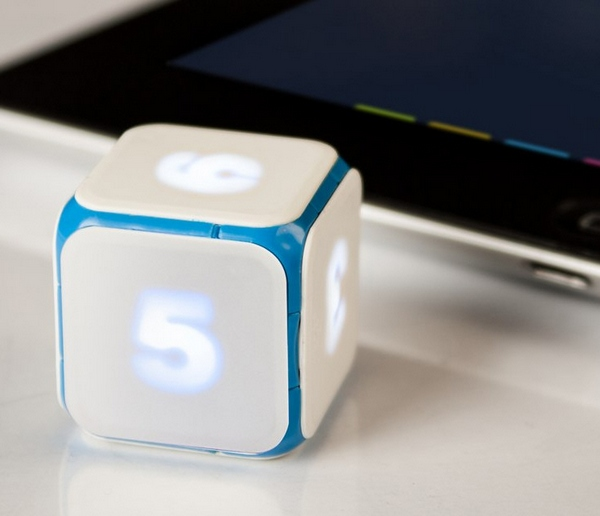 Dice + – technology finally pollutes the world's most elegant and basic plaything