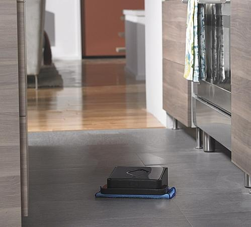 Braava iRobot 380t – mops, sweeps, and hangs out with Wall-E