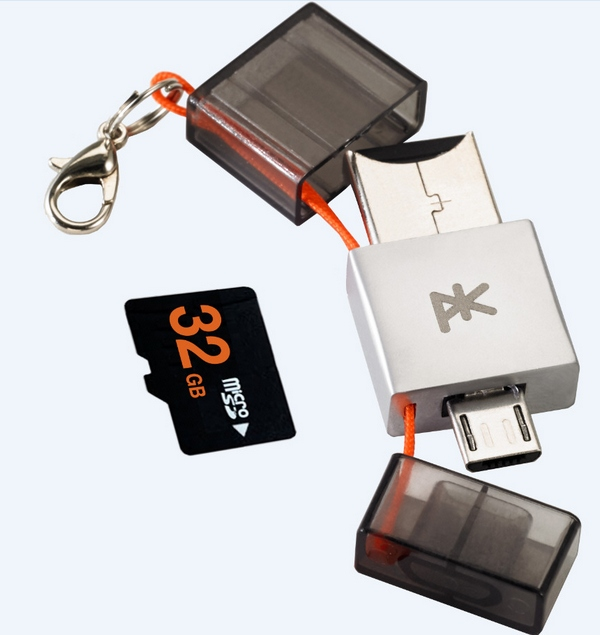 PKParis K2 – easily move files between mobile phones and computers with this tiny dual plug USB key
