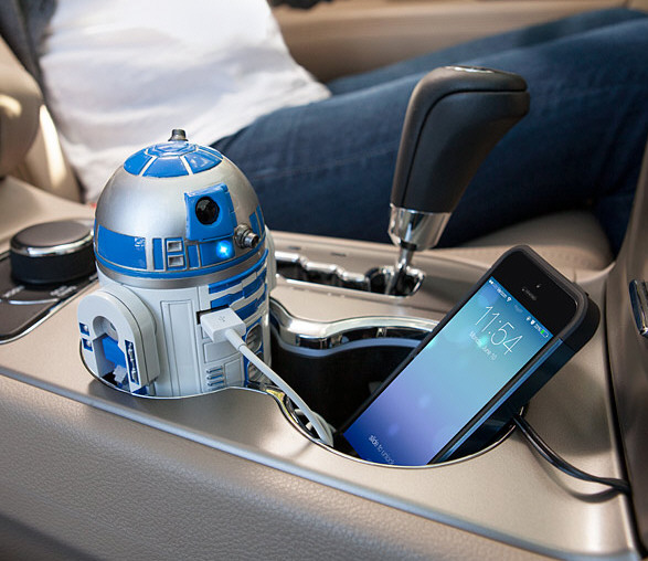 R2-D2 USB Car Charger – the little robot's got your back, Jack