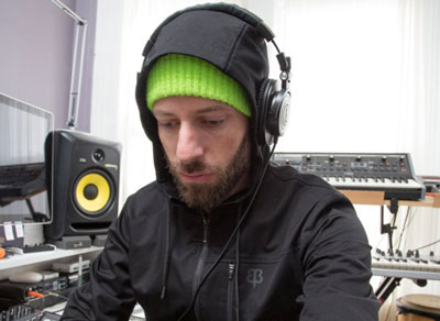 audioengineershoodie Audio Engineer's Hoodie   the perfect mix (!) of geek style and function
