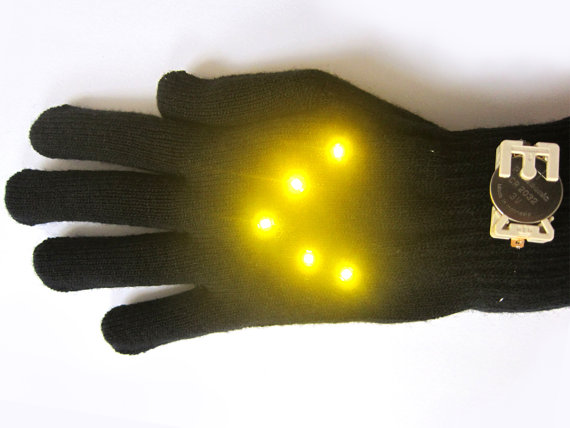 Biking Glowes DIY Kit – signal your directions with these cool looking DIY gloves