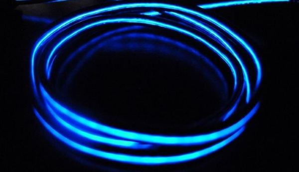 Black and Blue Electroluminescent Glow