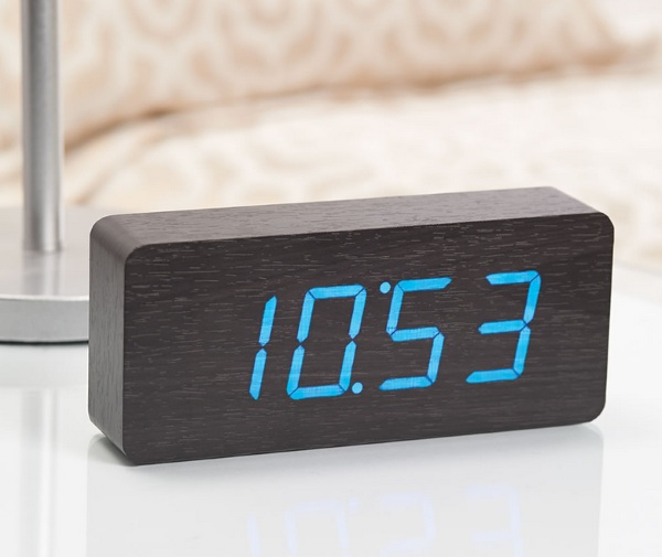 Clap or Tap Block Clock – the clock that gives you the time only when you want it