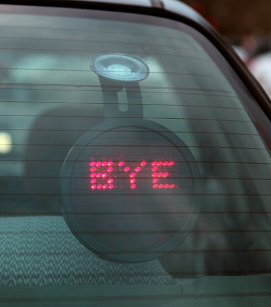 Drivemocion LED Car Sign – a new way to tell other drivers how you feel