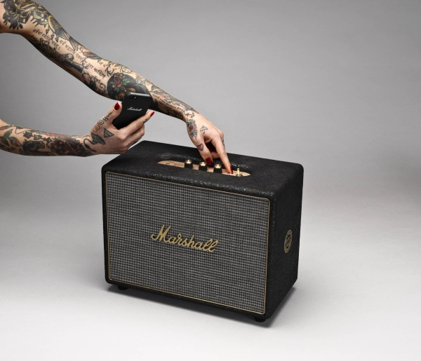 Woburn by John Varvatos Speaker – a Bluetooth speaker with Rock'n'Roll looks