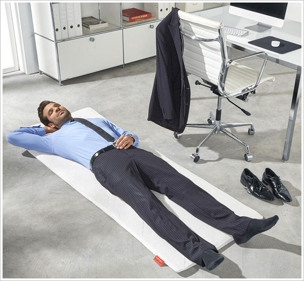 Easy Napping Mat – grab some snooze anywhere, anytime