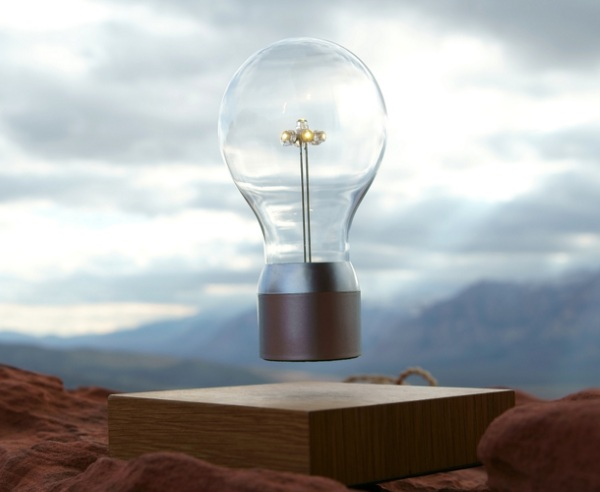 Fylte – the magnetic bulb that floats like magic