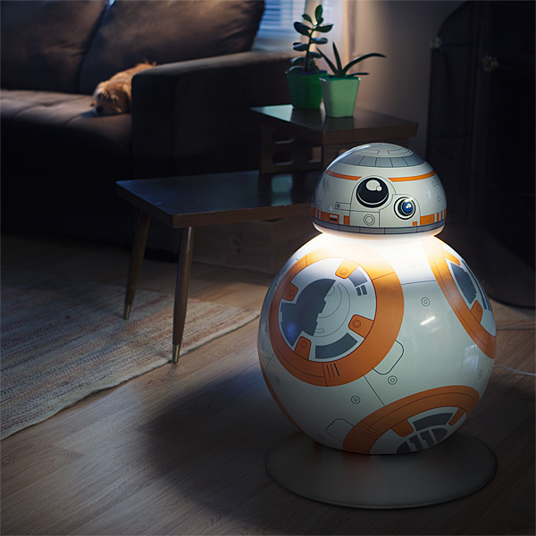 BB-8 Life Size LED Floor Lamp – more light than just the lighter