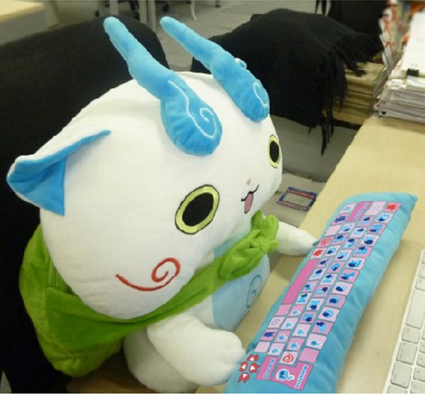 Cute Stuffed PC Wrist Rest – improved office health with a side of adorable