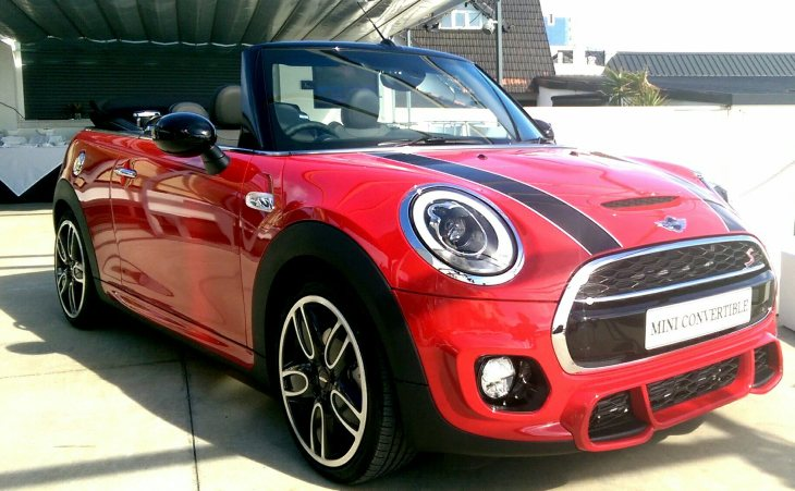 2016 MINI Convertible: Top down sun catcher, fun-seekers required [Review]