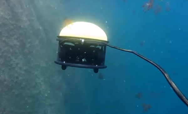 SeaDrone – explore the mysteries of the sea with this drone technology