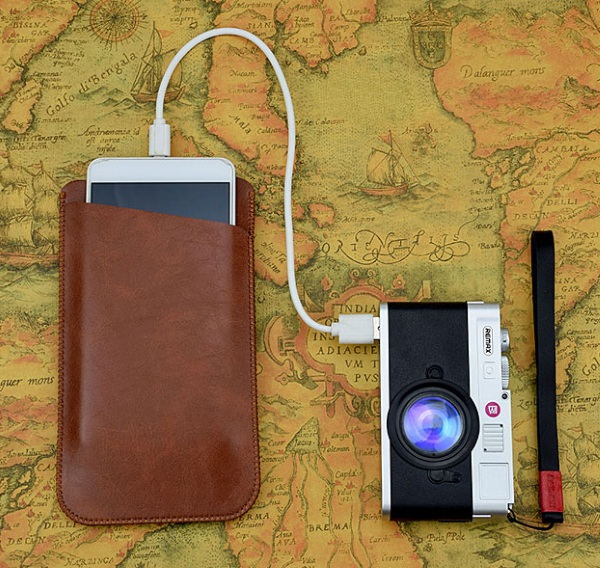 "REMAX Lycra Dual USB Power Bank – make sure your camera stays charged with this ""camera"""
