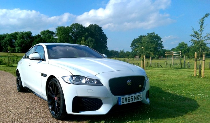 2016 Jaguar XF – Super 70 MPG Economy And Ultra Sleek Style: This Cat Purrs! [Review]