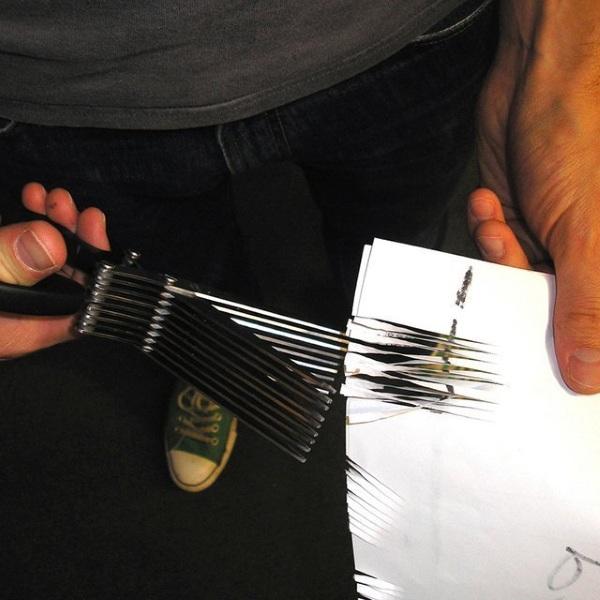 Shredscor – these scissors turn sensitive documents into confetti