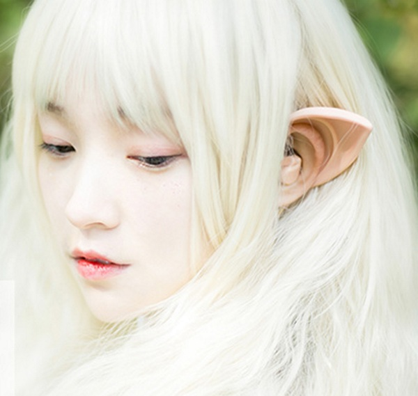 elf-ear-headphones-in-use