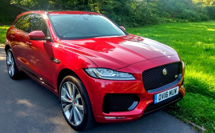 2017 Jaguar F-Pace – their first SUV: 59 mpg, aluminium construction and a set of waterproof keys [Review]