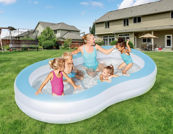 ColorWave Pool – check out this fun LED lit pool
