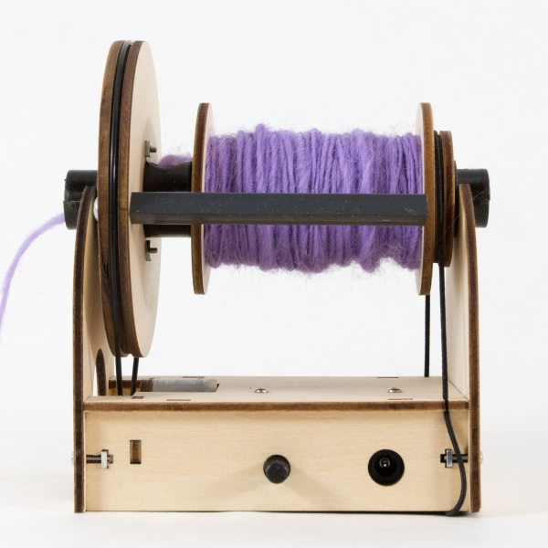 Electric Eel Wheel Mini – this tiny spinning wheel will have you making your own yarn in no time
