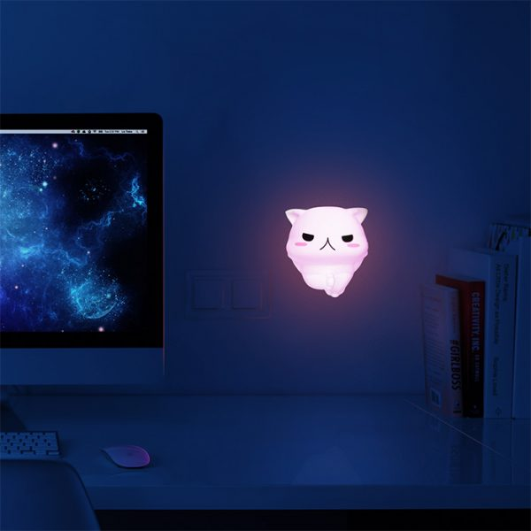 Squishy Cat Light – this cat helps YOU see in the dark