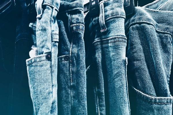 Hemp Cotton – jean company makes cotton like material from hemp