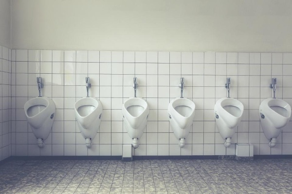 LESS – the toilet coating that saves water