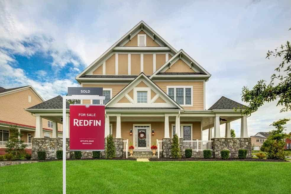 New Year  New House  Here s How to Prepare for the 2018 Market    Redfin DC MD 11690 Main St   Ashburn VA edit