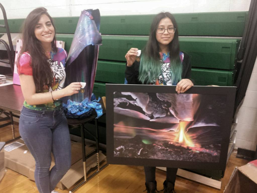 Carter Students Receive Superior Rating at VASE Competition – Red