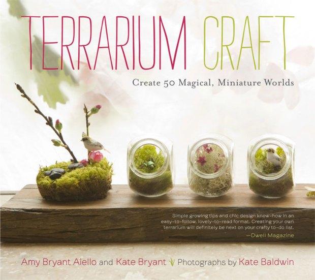 Giveaway Winner: TERRARIUM CRAFT | Red-Handled Scissors